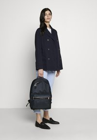 Tommy Hilfiger - ELEVATED BACKPACK - Rucksack - blue - 5