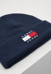 Tommy Jeans - HERITAGE FLAG BEANIE - Beanie - blue - 5