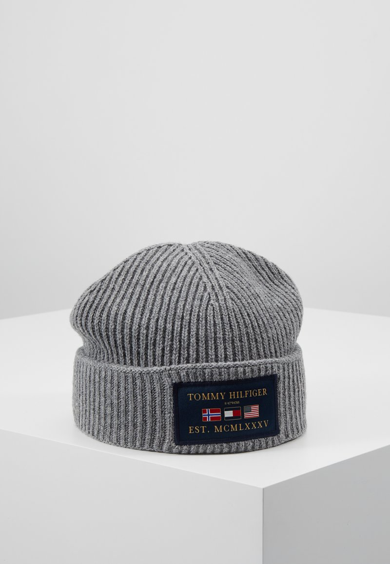 Tommy Hilfiger - OUTDOORS PATCH BEANIE - Muts - grey