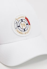 Tommy Hilfiger - ROUND PATCH  - Kšiltovka - white - 6