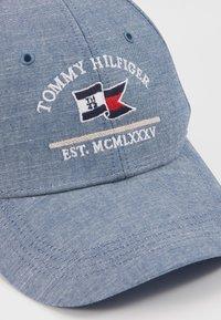 Tommy Hilfiger - PATCH FLAG - Lippalakki - light blue - 6