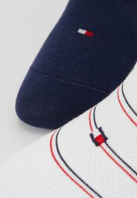 Tommy Hilfiger - WOMEN FOOTIE PREPPY 2 PACK - Enkelsokken - white - 2