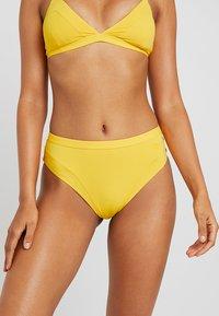 Tommy Hilfiger - ZENDAYA BRAZILIAN - Bikiniunderdel - spectra yellow - 0
