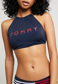 Tommy Hilfiger - CORE SOLID BASIC CROP - Bikinitoppe - navy blazer - 4