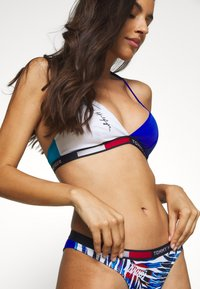 Tommy Hilfiger - FIXED TRIANGLE - Góra od bikini - azure - 3