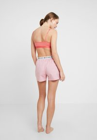 Tommy Hilfiger - AUTHENTIC SHORT - Nattøj bukser - rose of sharon - 2
