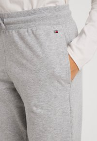 Tommy Hilfiger - ORIGINAL TRACK PANT - Pyjamabroek - grey heather - 4