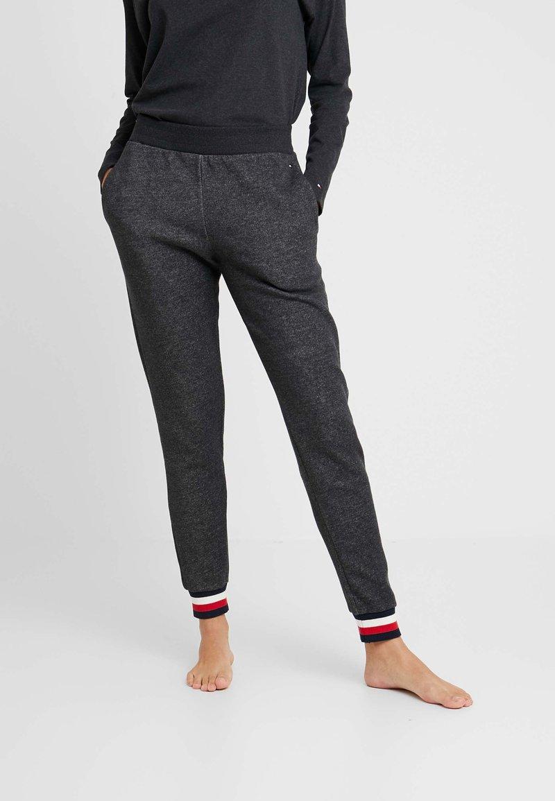 Tommy Hilfiger - MODERN STRIPE TRACK PANT - Pyjamasbukse - dark grey