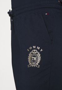 Tommy Hilfiger - PANT - Pyjamasbukse - navy blazer - 5