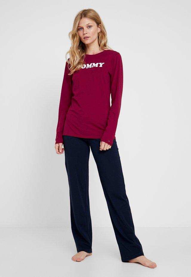 SLEEP SET - Pyjama set - rhubarb/navy blazer