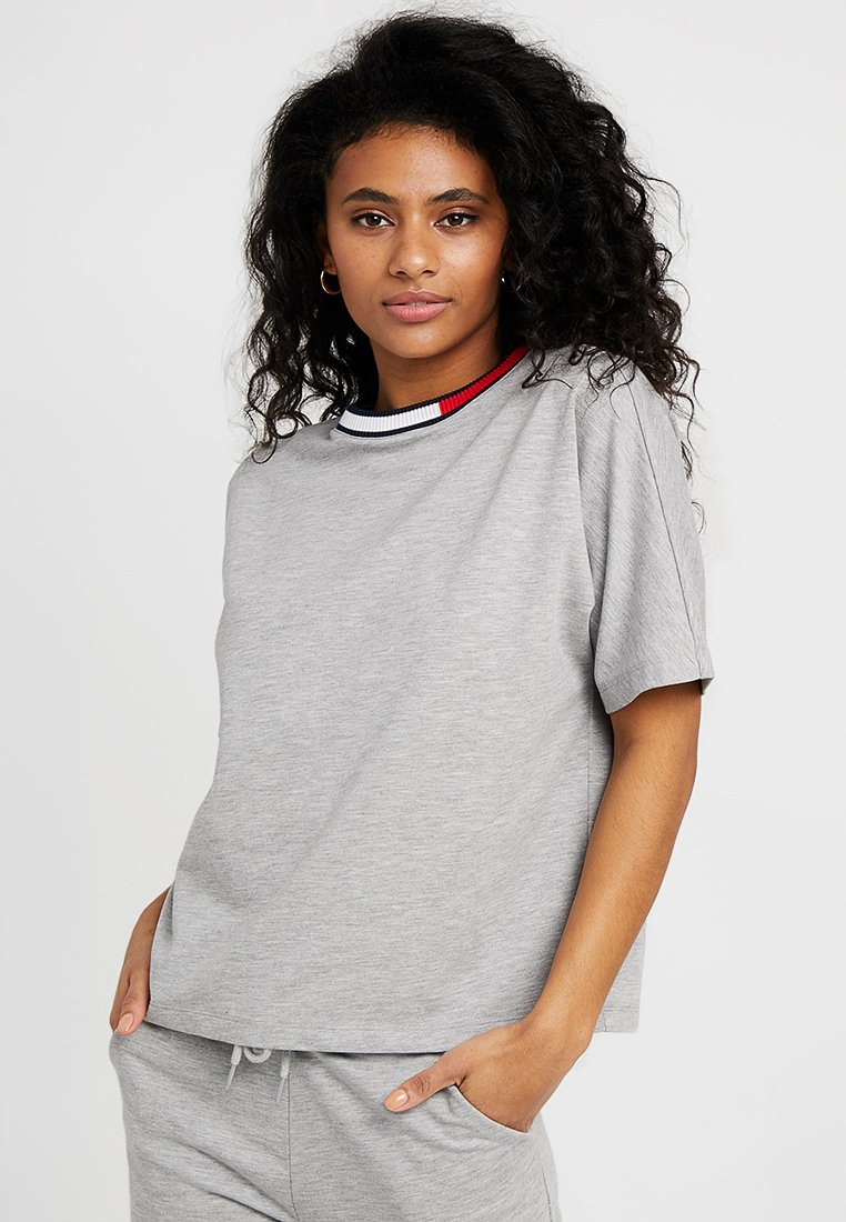 Tommy Hilfiger - COLOR BLOCK TRY TEE - Pyjama top - grey heather