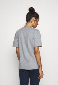 Tommy Hilfiger - TEE LOGO - Camiseta de pijama - grey heather - 2