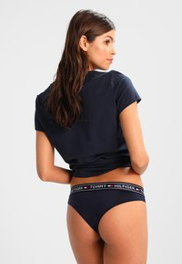 Tommy Hilfiger - ICONS BRAZILIAN - String - blue - 2