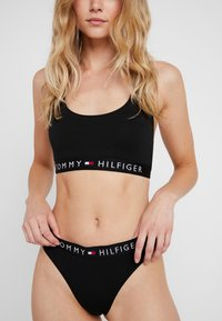 Tommy Hilfiger - ORIGINAL THONG - String - black - 0