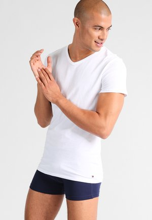 PREMIUM ESSENTIAL 3 PACK - Undershirt - white