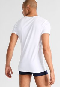Tommy Hilfiger - 3 PACK - Undershirt - white - 2