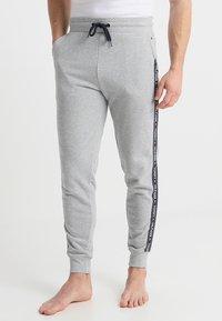Tommy Hilfiger - TRACK PANT - Spodnie od piżamy - grey - 0