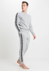 Tommy Hilfiger - TRACK PANT - Spodnie od piżamy - grey - 1