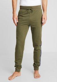 Tommy Hilfiger - TRACK PANT - Bas de pyjama - green - 0