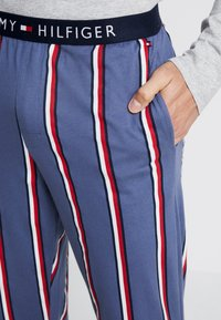 Tommy Hilfiger - Pijama - blue/mottled grey - 5
