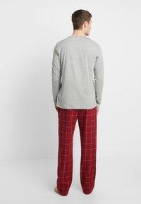 Tommy Hilfiger - PANT SET - Pijama - red/mottled grey - 2