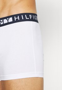 Tommy Hilfiger - TRUNK  3 PACK - Onderbroeken - black - 6