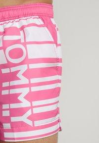 Tommy Hilfiger - Zwemshorts - pink - 3