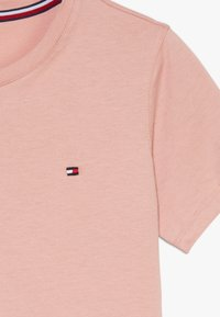 Tommy Hilfiger - TEE 2 PACK  - Basic T-shirt - rosetan/white - 4