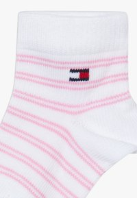 Tommy Hilfiger - BABY WHALE 4 PACK - Ponožky - light pink/white - 5