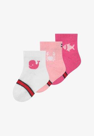 BABY GIFTBOX NEWBORN 3 PACK - Sokken - light pink/white