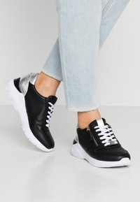 TOM TAILOR - Sneakers laag - black - 0
