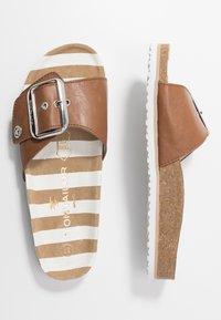TOM TAILOR - Pantofle - camel - 3
