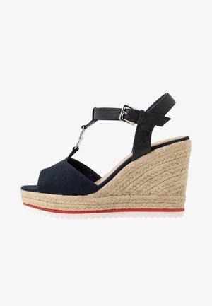 Sandaler med høye hæler - navy