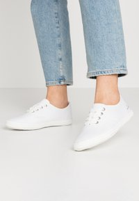 TOM TAILOR - Baskets basses - white - 0