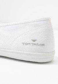 TOM TAILOR - Półbuty wsuwane - white - 5