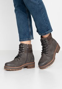 TOM TAILOR - Šněrovací kotníkové boty - coal - 0