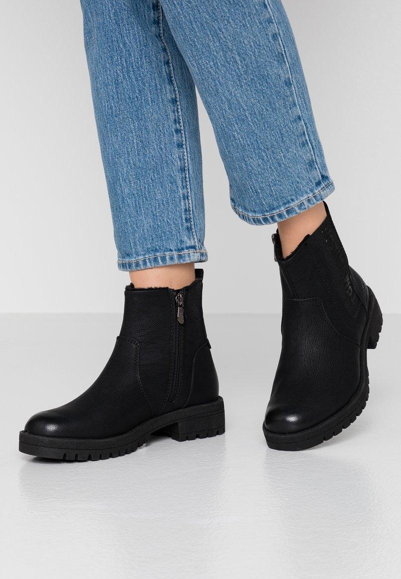 TOM TAILOR - Kotníkové boty - black