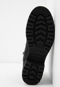 TOM TAILOR - Kotníkové boty - black - 6