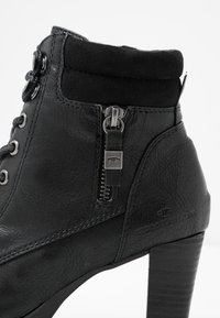 TOM TAILOR - Korte laarzen - black - 2