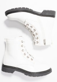 TOM TAILOR - Botines con cordones - white