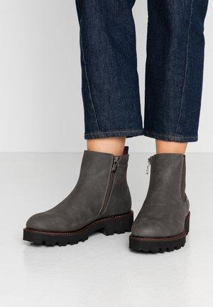 Kotníkové boty na platformě - coal