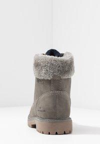 TOM TAILOR - Šněrovací kotníkové boty - mud - 5