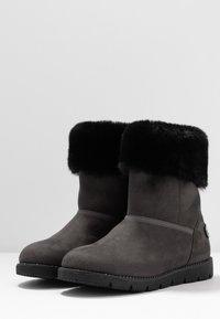 TOM TAILOR - Kotníkové boty - coal - 4