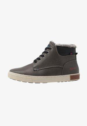 Sneakersy wysokie - coal