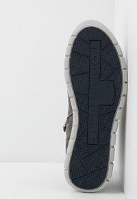 TOM TAILOR - Sneakers hoog - grey - 4