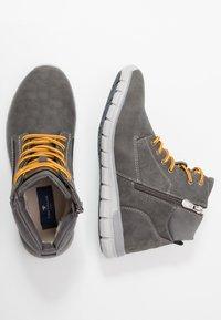 TOM TAILOR - Sneakers hoog - grey - 1