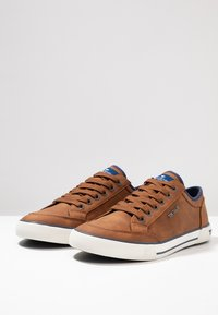 TOM TAILOR - Sneakersy niskie - cognac - 2
