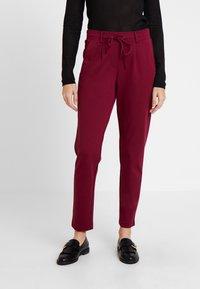 TOM TAILOR - PANTS ANKLE - Pantalones deportivos - tile red - 0