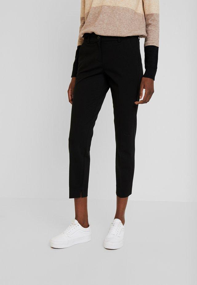 MIA SLIM PIPING - Spodnie materiałowe - deep black