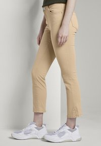 TOM TAILOR - TOM TAILOR ALEXA CROPPED - Jeans slim fit - cream toffee - 3